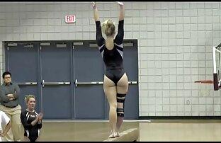 Webcam skinny teen Olya zeigt mageren reife behaarte frauen nackt Körper