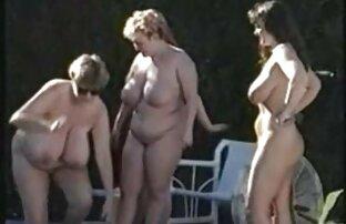 Frau Sonya necken einen reife nackte frauen ab 50 Mann