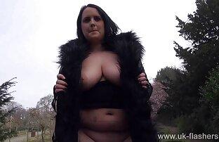Sie hatte seine Freunde reife frauen ab 50 nackt zu Bondage und Sexspielzeug überzeugt