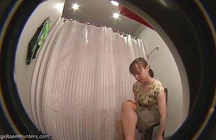 Kerl hängt ein Mädchen, nackte reife frauen videos das gefesselt ist und Finger Ihre Muschi
