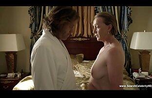 Koch, Sekretärin bezaubert mit ihrem fesselnden nackt reife frauen und schwierigen Meerrettich