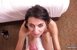 Christina starker Klebstoff auf dem reife schöne nackte frauen Sofa